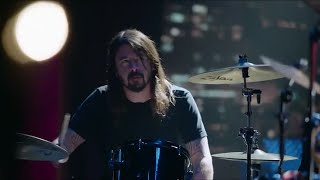 Foo Fighters' Dave Grohl vs Animal - The Muppets
