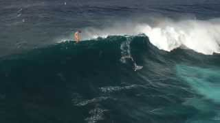 Jesse Richman Kiteboards at Jaws from a drone