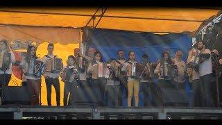 Escola de Concertina do Hélder Batista juntou mais de 20 Tocadores .Ora Oiça
