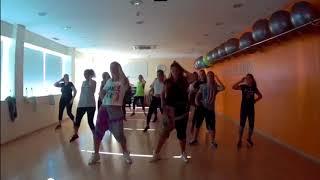 Yemi Alade - Tumbum   Zumba Fitness com iara e Susana