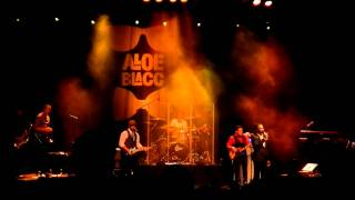 Aloe Blacc - I Need a dollar Live (not full) with Reggae...