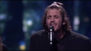 Best moments of Salvador Sobral final song, with his sister sister: Luísa Sobral