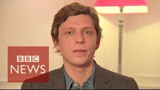 """Paris attacks: """"I won't give you the gift of hating you"""" - BBC News"""