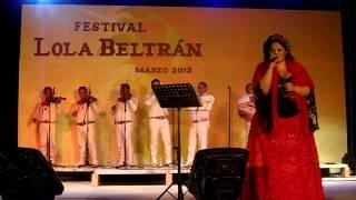 Nadia Yuriar -cuando dos almas - el rosario  2013