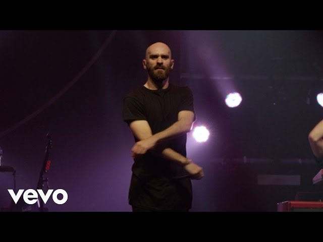 "Video de X Ambassadors cantando ""Jungle"" en concierto"