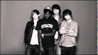 Bloc Party : We Are Not Good People (HQ Audio)