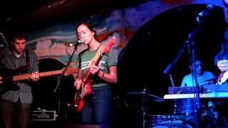 Fazerdaze | Little Uneasy (Live - London 06/05/17)