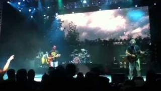 "Hootie & the Blowfish - ""The Rain Song"""