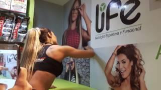 Aline Mineiro deixando registrada a sua presença na Life Nutrição Esportiva