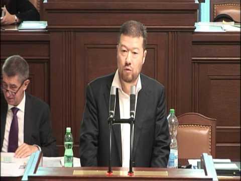 Tomio Okamura: Vláda se vysmívá mému návrhu PROTI přijímání nezákonných imigrantů