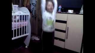 bruna lima dançando eletro fank