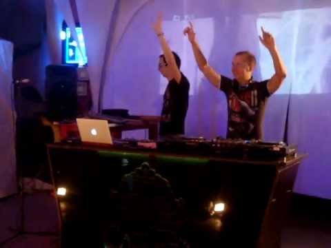 Moonbeam (live) @ Beach Club 117. Feodosiya. Ukraine (07-08-2011)