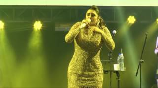 Yuridia deleito a los salvadoreños en su concierto @emilio_coreaTCS