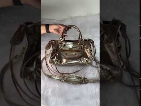 MINI BARCELONA Bolsa de couro metalizado dourado
