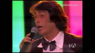 "Video: Sandro en ""Yo Me Llamo""  Ecuador 2013 ▶Gala Gala 40  #yomellamoec   ▶ #ecuador  #Teleamazonas"