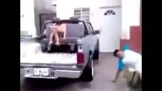 Tum dum dum...capoeira...