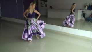 """Rosy Vieira bailando a musica """"Betchári"""" do grupo Encanto Cigano"""