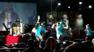 "GYPTIAN PERFORMING ""HOLD U"" AT REGGAE SUMFEST 2010"