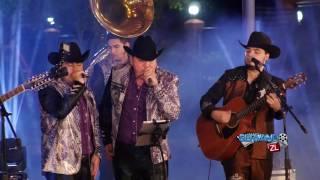 Los Mayitos De Sinaloa Ft. Los Amigos De Culiacan - El De La Gran Manzana (En Vivo 2017)