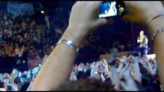 EROS RAMAZZOTTI -PIU BELLA COSA (LIVE MILANO,05-12-2009)
