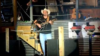 "Chris Cagle Rocks ""What Kinda Gone"" at the Texas Longhorn Club, 8/17/12"