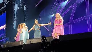Spice Girls - Chat 3 (Part 2 - Live In Dublin - SpiceWorld Tour 2019 - 4K)