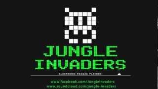Soom T meets Jungle Invaders - Alright