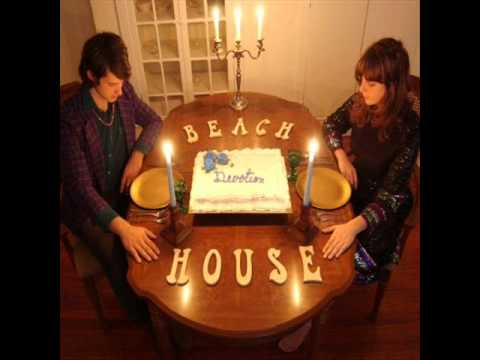 All The Years de Beach House Letra y Video