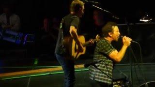 """Pearl Jam """"Nothingman"""" NYC2   5/2/16 HD"""