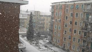 gaspluc - NEVICATA - The Snow is dancing - music by C. Debussy