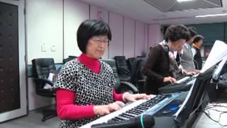 陳美櫻電子琴表演(12/4)---牽掛