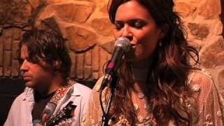 Mandy Moore - Can't You Just Adore Her? (Live)