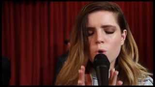 Studio Brussel: Echosmith - Bizarre Love Triangle (New Order cover) (live)