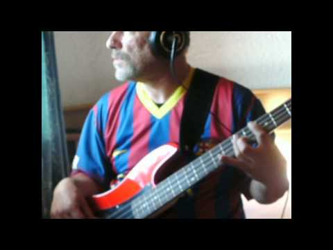 Foreigner - Juke Box Hero (Bass Cover) Chords - Chordify