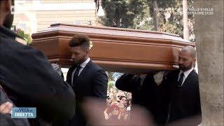 Gli amici di Fabrizio Frizzi al suo funerale - La Vita in Diretta 28/03/2018