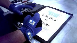 Firma de contrato entre John Cena y AJ Styles