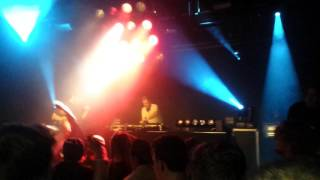 Mefjus live, suicide bassline w/ ? ID ?, drum 'n bass in your face 22 Middelburg