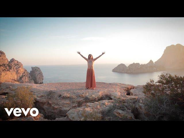 Videoclip ''Look At Me Now'', de Jet Rebbel.