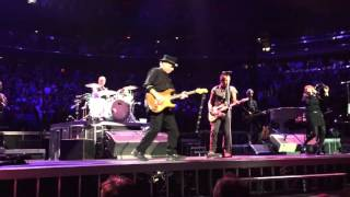 Bruce Springsteen - Because the Night - Nils solo - MSG, New York - 3/28/16