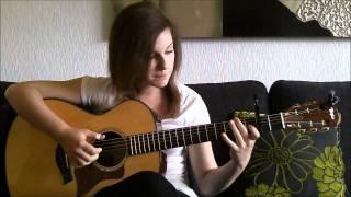 (JS Bach) Minuet In Fingerstyle - Gabriella Quevedo