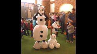 Frozen - Olaf bailando en fiesta infantil