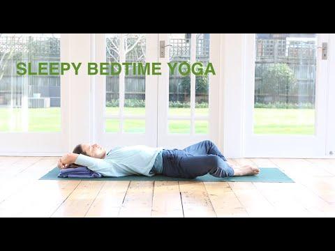 Sleepy Bedtime Yoga 15 mins