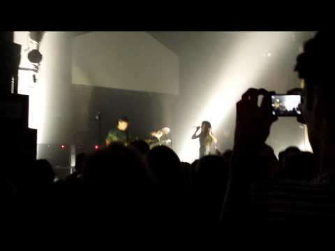 sleigh-bells-sugarcane-live-pittsburgh-mr-smalls-10-4-13-the-andy