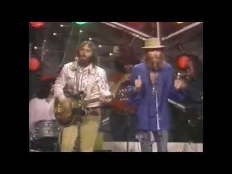 the-beach-boys-i-get-around-1971-live-upfront27