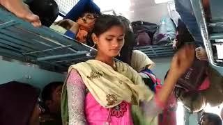 Desi girl singer in train masti bhojpuri song