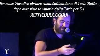 Tommaso paradiso ubriaco parla della SS. Lazio ad una sua esibizione.