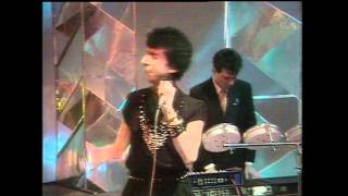 Soft Cell. Tainted Love (live).mpg