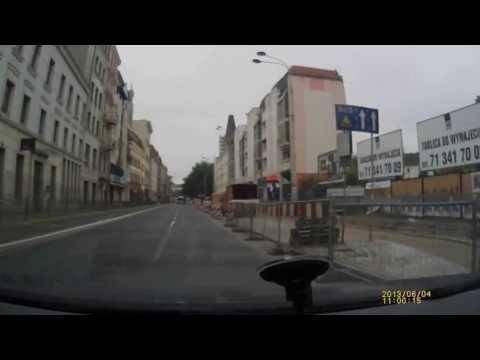 Policja przejeżdża na