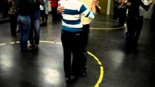 Dança de Salão: Cruzando para Leque