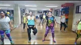 Hula Hoop Daddy Yankee Zumba con Michel Gonzalez